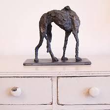 Hilary Arnold artist