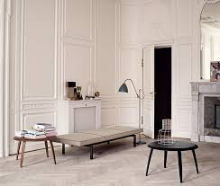 gubi round coffee table