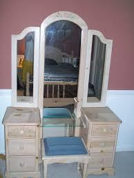 girls bedroom vanity. some tips on buying the right vanities for girls bedrooms : beauteous girl bedroom decoration using vanity a