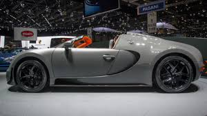 As the world's first hyper sports car, the veyron 16.4 generates 1,001 ps, reaches speeds of 407 km/h and accelerates from 0 to 100 in 2.5 seconds. New Bugatti Veyron Grand Sport Vitesse Top Gear