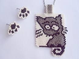 <b>кулон</b> кот | <b>Bead</b> work, <b>Bead</b> weaving patterns, <b>Beading</b> patterns