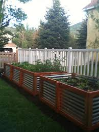 corrugated metal raised garden beds. Raised Garden Beds, How To Build Gardening, Gardening Hacks, Corrugated Metal Beds S