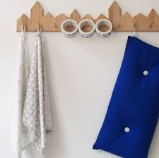Cute Coat Racks Happy Home Portemanteaux en bois Taska Love this house 40