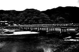 渡月橋で起きた不可思議な事件の謎 プーショク奇譚集