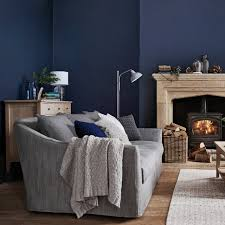 combine blue and gray in your living room