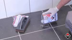 Como Limpiar Restos De Junta RUBI RC 42 LIMPIADOR DE EPOXY  YouTubeComo Limpiar Suelo Porcelanico