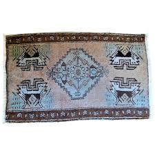 vintage native american wool area rug valzak s antique treasures ruby lane