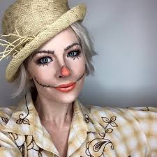 cute scarecrow makeup easy costume ideas you can do with stuff from around the house cute budget friendly costumes prive beauty group makeup