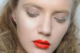 beauty makeup and hair ideas for beauty care trends fall winter milan fashion week 25