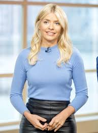 Holly willoughby is one of the most popular and in demand presenters on uk television right now. Holly Willoughby Furious As Her Pictures Used To Promote Weight Loss Product Woman Home