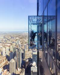 skydeck at the willis tower chicago skydeck glass floor