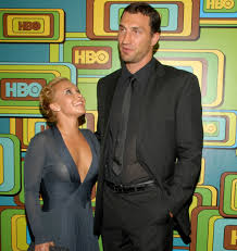 Why Tall Men Are Attracted To Short Women -Image result for Why tall men love short women