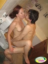 Teen Amateur Redhead Sister in Bathroom Giving Blowjob TGP.