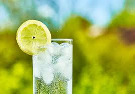 most experts can tell types of bubbly water just by sight just kidding image by jari hindstroem shutterstock