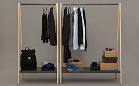 wood clothes hanger rack