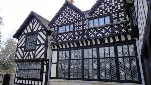 File:Agecroft Hall - Tudor architecture - DSC00904.JPG