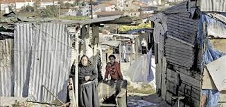 Resultado de imagem para pobres em portugal