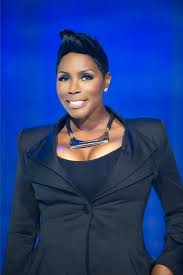 watch sommore chandelier status sommore is hosting the new 2016 bet comic view watch sommore chandelier status