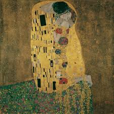 gustav klimt s the kiss at the belvedere palace in vienna very cool to see the gold in the painting close up