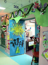 whoville door decorations myideasbedroom