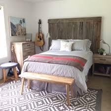 farmhouse style bedroom for boys