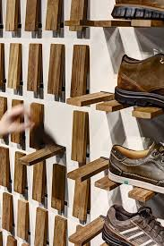 close and open shoe rack