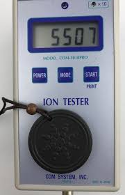 scalar energy pendant meter displays ion ouput at over 5000 ion count