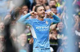 Manchester City thrash Norwich ...