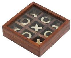 Wooden Naughts And Crosses Game Tic Tac Toe Board Game Wooden Noughts and Crosses XOXO Storage 17