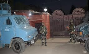 Mirwaiz Umar Farooq is in continuous illegal house arrest under Indian military surveillance | World News TV