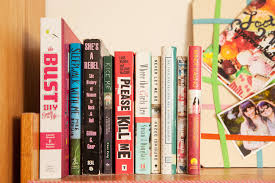 tour college student gabby noone s dorm room teen vogue her books
