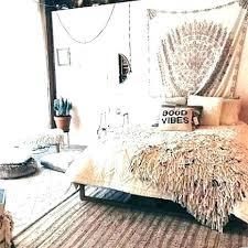bohemian style bedroom decor. Brilliant Bohemian Bohemian Wall Decor Style Bedroom Decorating  Ideas Room   In Bohemian Style Bedroom Decor
