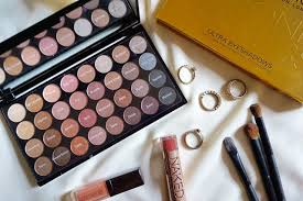 makeup revolution ultra 32 shade eyeshadow palette beyond