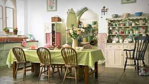 william morris designs are always popular choice for outdoors use and you may like to browse the inspiring collection of fl tablecloths