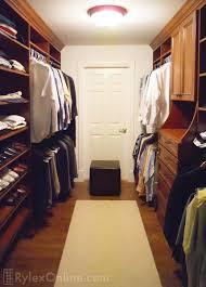 Men's Walkin Closet with Hutch ...