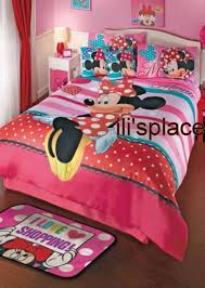 Twin and Full size Girls Disney Minnie Mouse Hearts Comforter Set ...