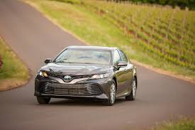 2018 toyota electric. modren electric 2018 toyota camry le hybrid gray front driving and toyota electric