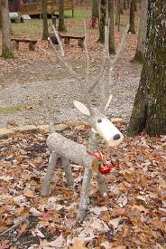 28 beautiful recycled wood decorations homesthetics wooden deer