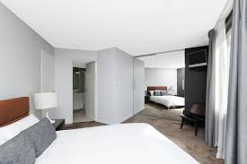 Kingston Bedroom Furniture 2 Bedroom Executive Apartment In Canberra Kingston The Griffin