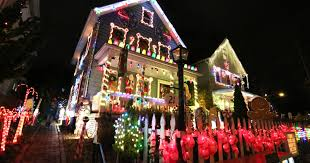 Crazy Train Light Show Still Time To See The Best Christmas Lights Westchester