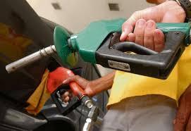 Resultado de imagem para Sem imposto, estado venderá gasolina a R$ 2