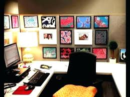ideas to decorate office desk. Office Cube Ideas Decorate Cubicle Decorations Cool Amazing Of E . To Desk