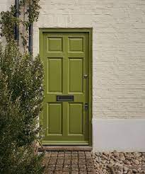 6 tips for painting a front door