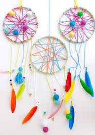 Making Dream Catchers With Children