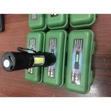 Đèn Pin siêu sáng loại nhỏ bỏ túi hoặc cài áo có zoom chiếu xa rất sáng và  pin lâu chính hãng 99,000đ