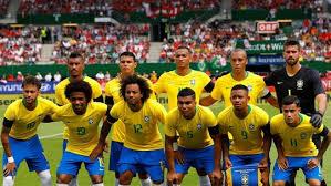 Resultado de imagem para o uniforme sera amarelo na estreia da seleçao