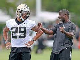 Aaron Glenn guides Saints defensive backs with methods learned from  coaching mentors | Saints | nola.com