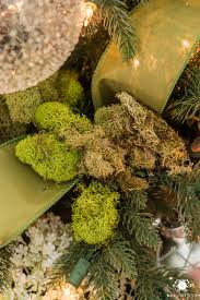 using moss in a tree with a meadow or woodland theme