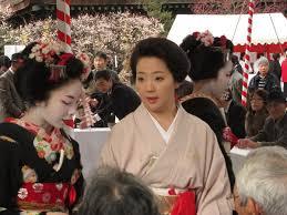 figure 6 geisha at the cherry blossom festival