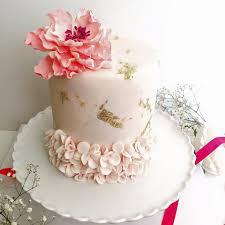 Wedding Cakes And Chocolate Shops In Sharjah Arabia Weddings